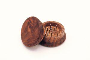 Holz Nagel Grinder 2