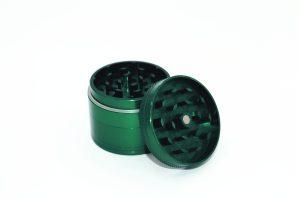 Alu Grinder in grün